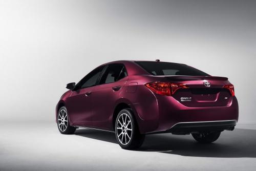 2018 Toyota Corolla 2 AutoMotorTv