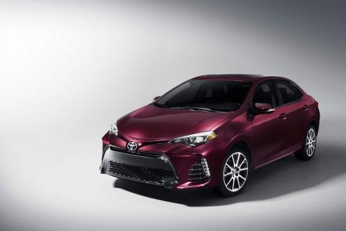 2018 Toyota Corolla AutoMotorTv