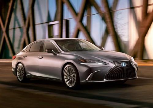 2019 Lexus ES Teaser 02 AutoMotorTv