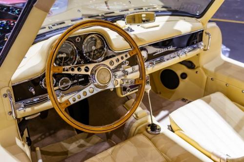 nyitas elott belogtunk mercedes rollsroyce peugeot F1 AutoMotorTv 22