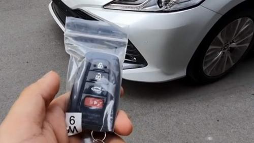 Toyota Camry AutoMotorTv 08