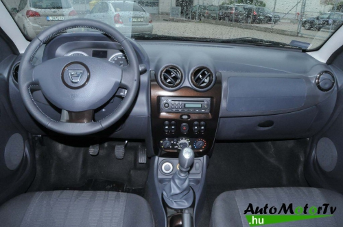 Dacia duster AutoMotorTv 08